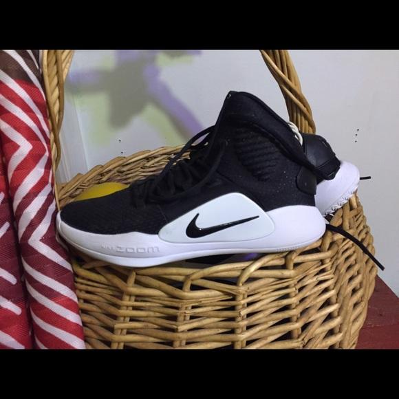 separation shoes 62cb0 84295 nike hyperdunk 2019. size 6 in men's.